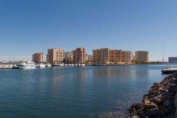 Apartamentos-Miradores-del-Puerto-1